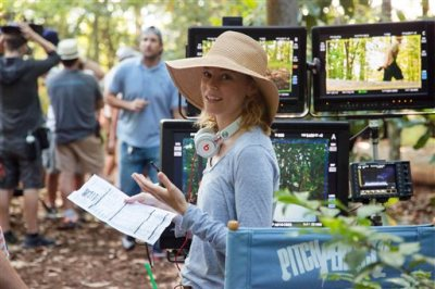 """This photo released by Universal Pictures shows director/producer Elizabeth Banks on the set of """"Pitch Perfect 2."""" (Richard Cartwright/Universal Pictures via AP)"""