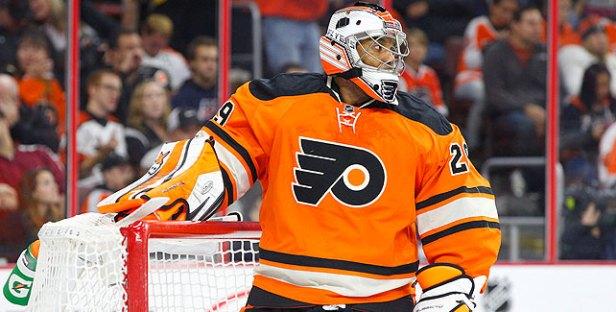 Ray Emery as goalie for the Philadelphia Flyers. He now plays for the Chicago Blackhaws. (Chris Szagola/AP Photo)