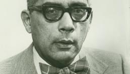 Simeon Booker, an Icon of Black Journalism, Dies at 99