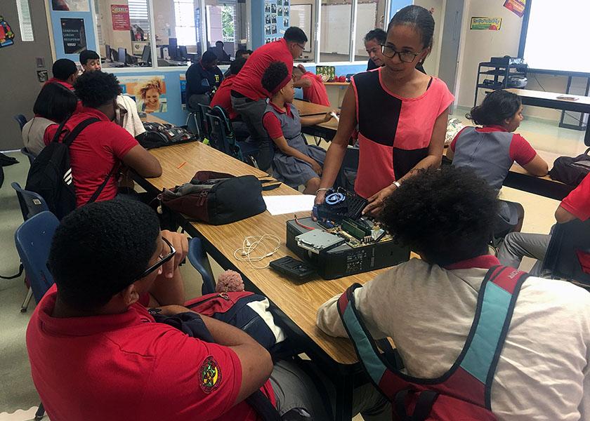 puertoricoschools_003_thopkins_web120