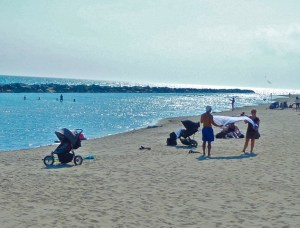 Toronto Islands — The Beach Scene (Photo by Dwight Brown)