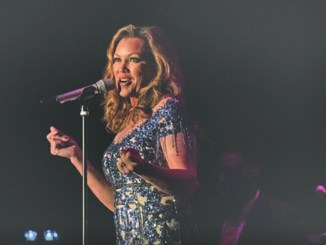 Former Miss America and Grammy Award Winning Singer Vanessa Williams belts out a song at San Miguel Academy's Holiday Benefit Concert. Photo: Simon Feldman