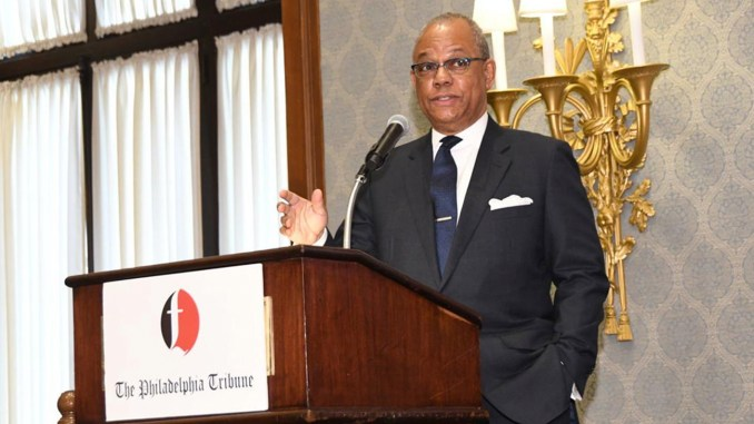 The Rev. Calvin O. Butts earned a standing ovation from the more than 400 people who attended the Philadelphia Tribune's annual Christopher J. Perry/Carter G. Woodson Black History Awards Luncheon on Thursday. — PHILADELPHIA TRIBUNE PHOTO/ABDUL R. SULAYMAN