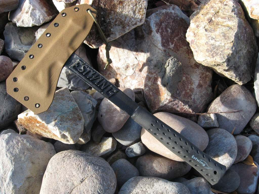 Estwing black eagle axe review