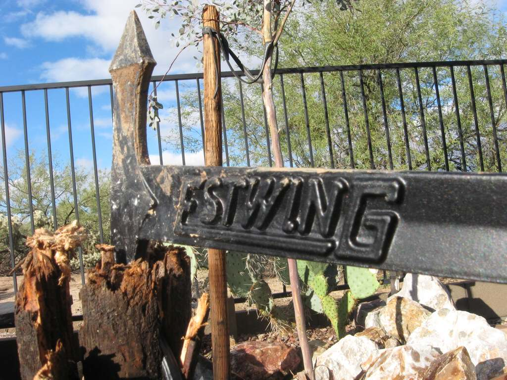 Estwing hatchet review