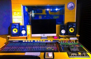 top 6 music facilitation companies in canada black starliner studios