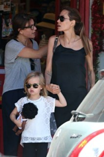 Angelina Jolie and kids went shopping in Rose Bay  Part 1