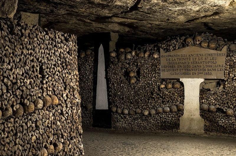 makam bawah tanah catacombs, paris, perancis