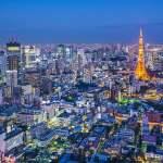 menara tokyo dan suasana kota dari ketinggian