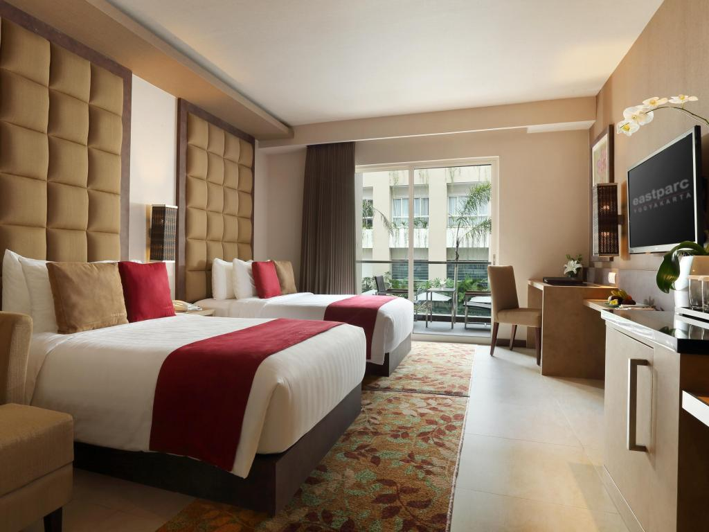 kamar premier twin - business eastparc hotel yogyakarta