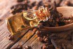 4 Manfaat Utama Minyak Cengkeh (Clove Essential Oil) untuk Penyembuhan