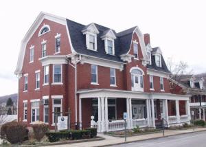 Roaring Spring Community Library
