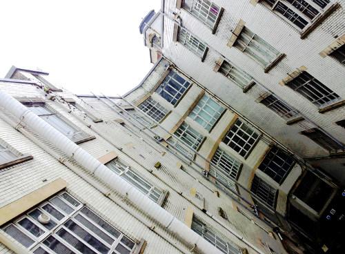 Tontine East Building