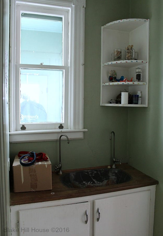 In This Tiny Room, The Difference Between The Cabinets Was Noticeable, And  Our Original Renovation Plans Included A Cabinet Door Makeover.