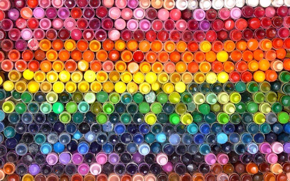 box_crayons