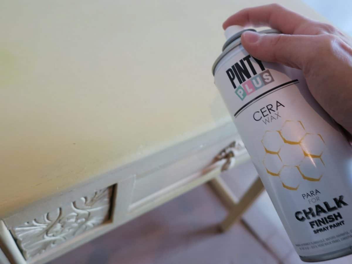 aplicar cera después del chalk paint