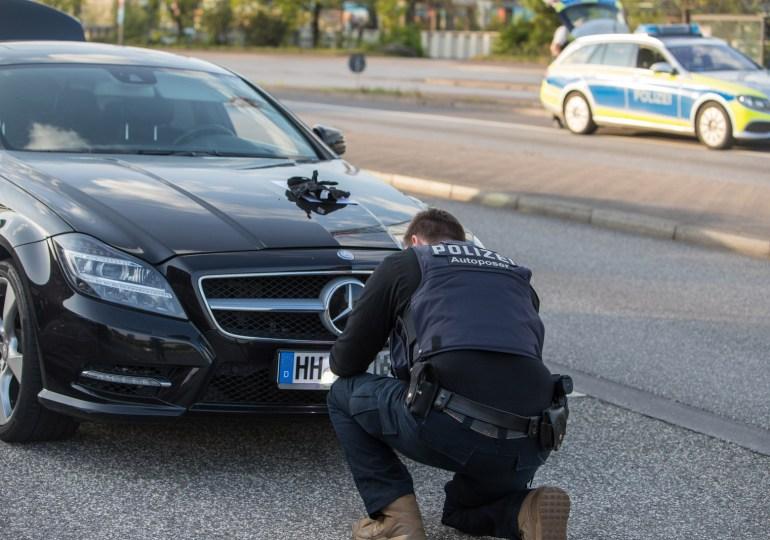 SOKO Autoposer -  Polizei zieht Mehrfachstraftäter ohne Führerschein aus dem Verkehr