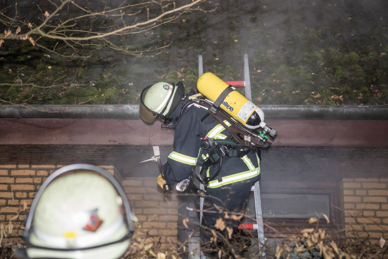 Das war knapp! – Feuerwehr verhindern Häuserbrand in Nienstedten