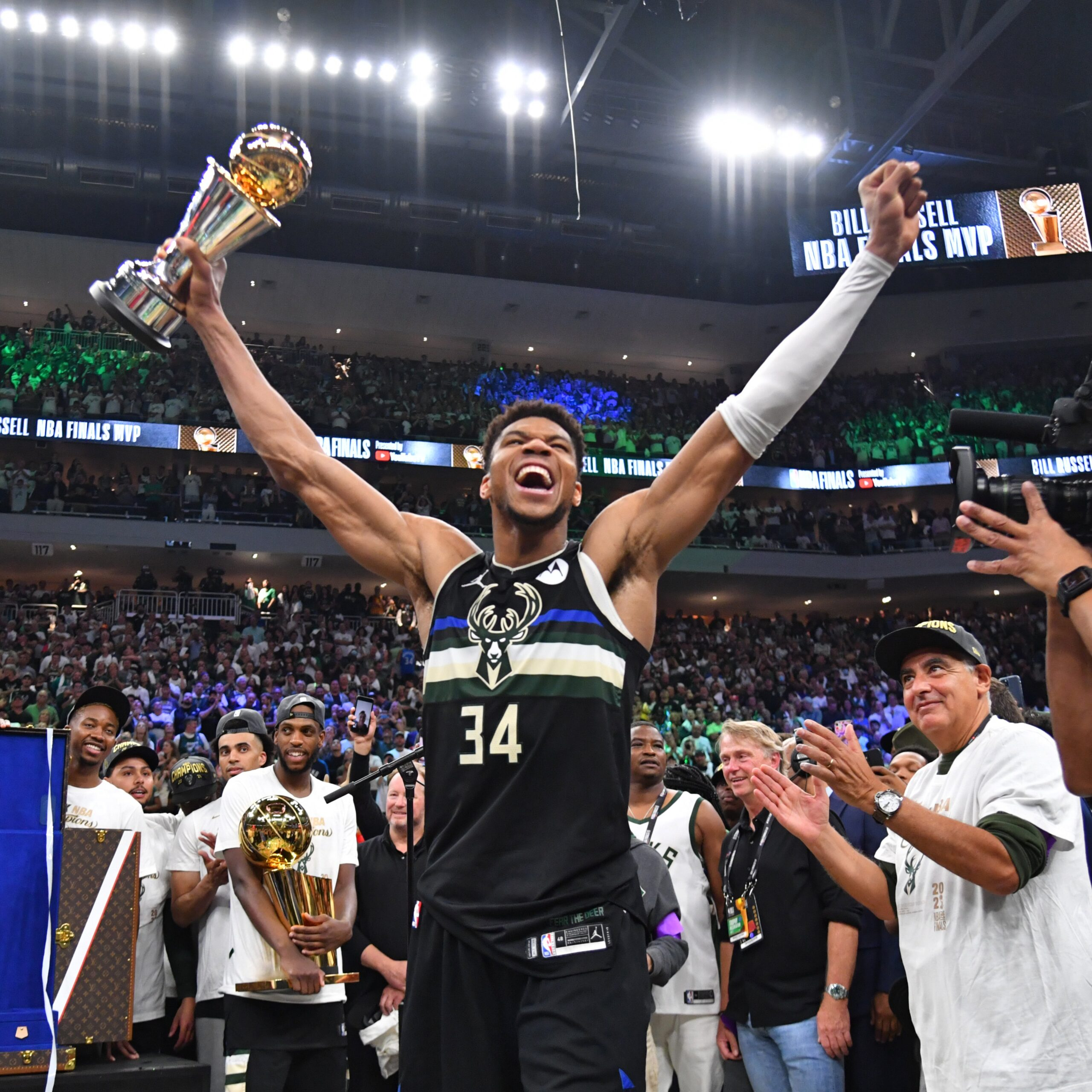 Key Stats from 2021 NBA finals Game 6 between Bucks and Suns