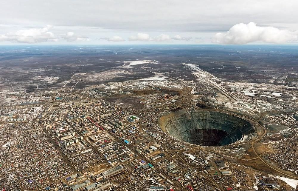 Dveře do pekla: Co skrývá v nejhlubší vrt na Zemi Kola Superdeep