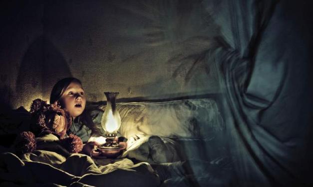 Proč mohou děti vidět duchy a proč se jim tato schopnost s věkem ztrácí?