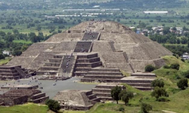Pyramida Měsíce v Mexiku skrývá velké tajemství