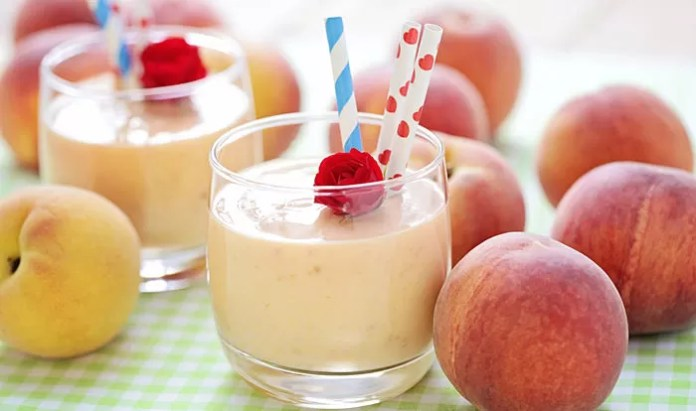 Resultado de imagem para Peach and apple smoothie