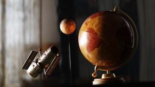 Wooden Earth Orbit