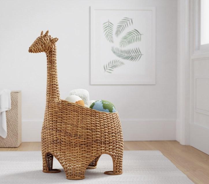 wicker_basket_giraffe