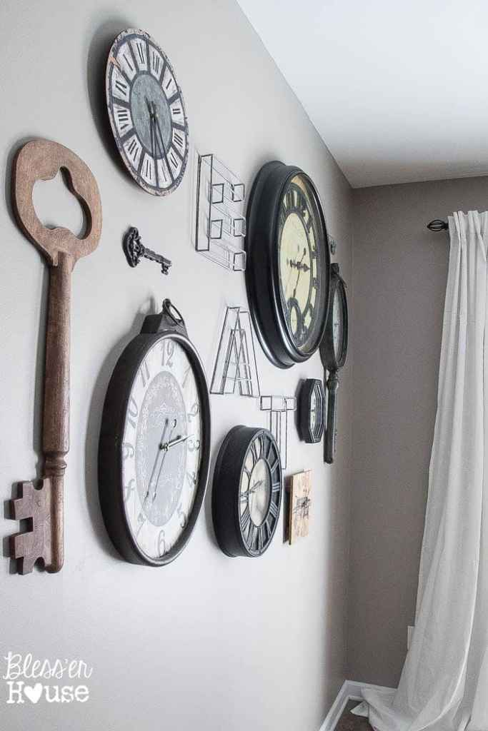 aged-metal-clock-key-gallery-wall (10 of 10)