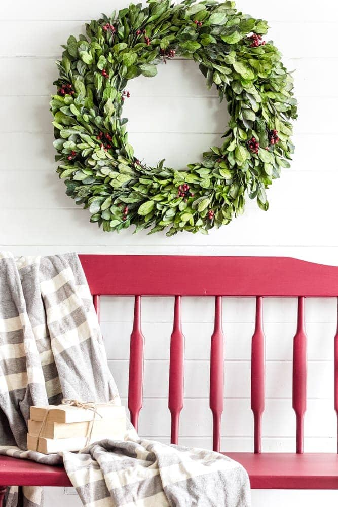 Cranberry Bench Makeover | blesserhouse.com - A quick and simple bench makeover using Cranberry Fusion Mineral Paint in one easy step for a festive farmhouse style Christmas entryway.
