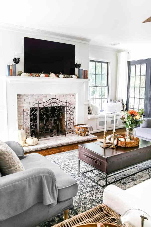 8 Fall Decorating Tips on a Budget + Fall Home Tour 2017 | blesserhouse.com - 8 fall decorating tips for a small budget with ways to shop smart in clearance aisles and thrift stores + a full autumn home tour. Fall mantel with tv