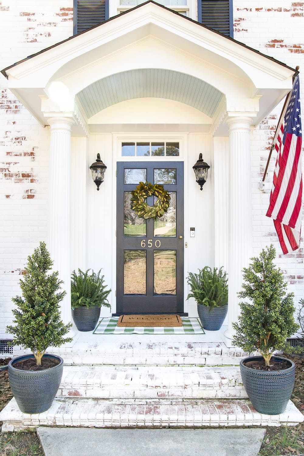 How To Decorate A Small Porch Stoop In 4 Easy Steps Bless Er House