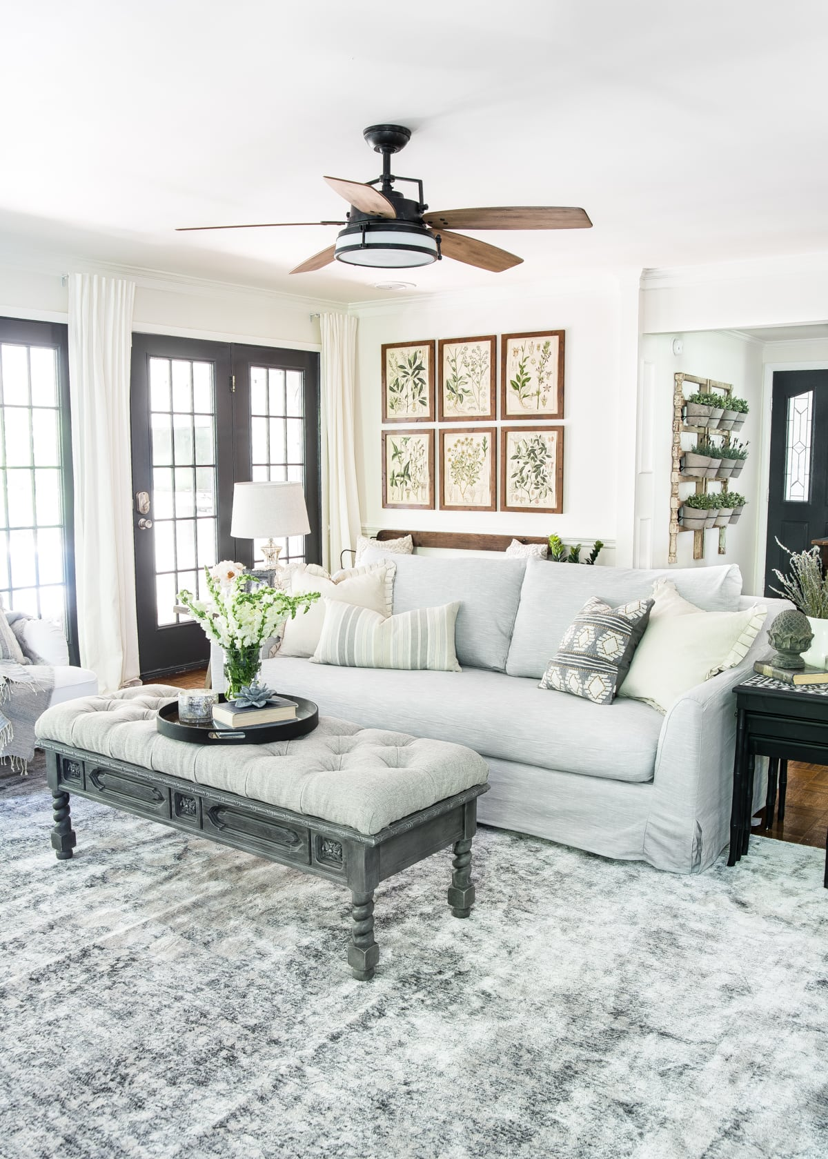 12 of the most common decorating mistakes most people make when choosing paint colors, furniture layouts, and styling, and tips on how to avoid them. #decorating #decoratingmistakes #decoratingtips Stick to no more than 3 prints/patterns in fabrics.