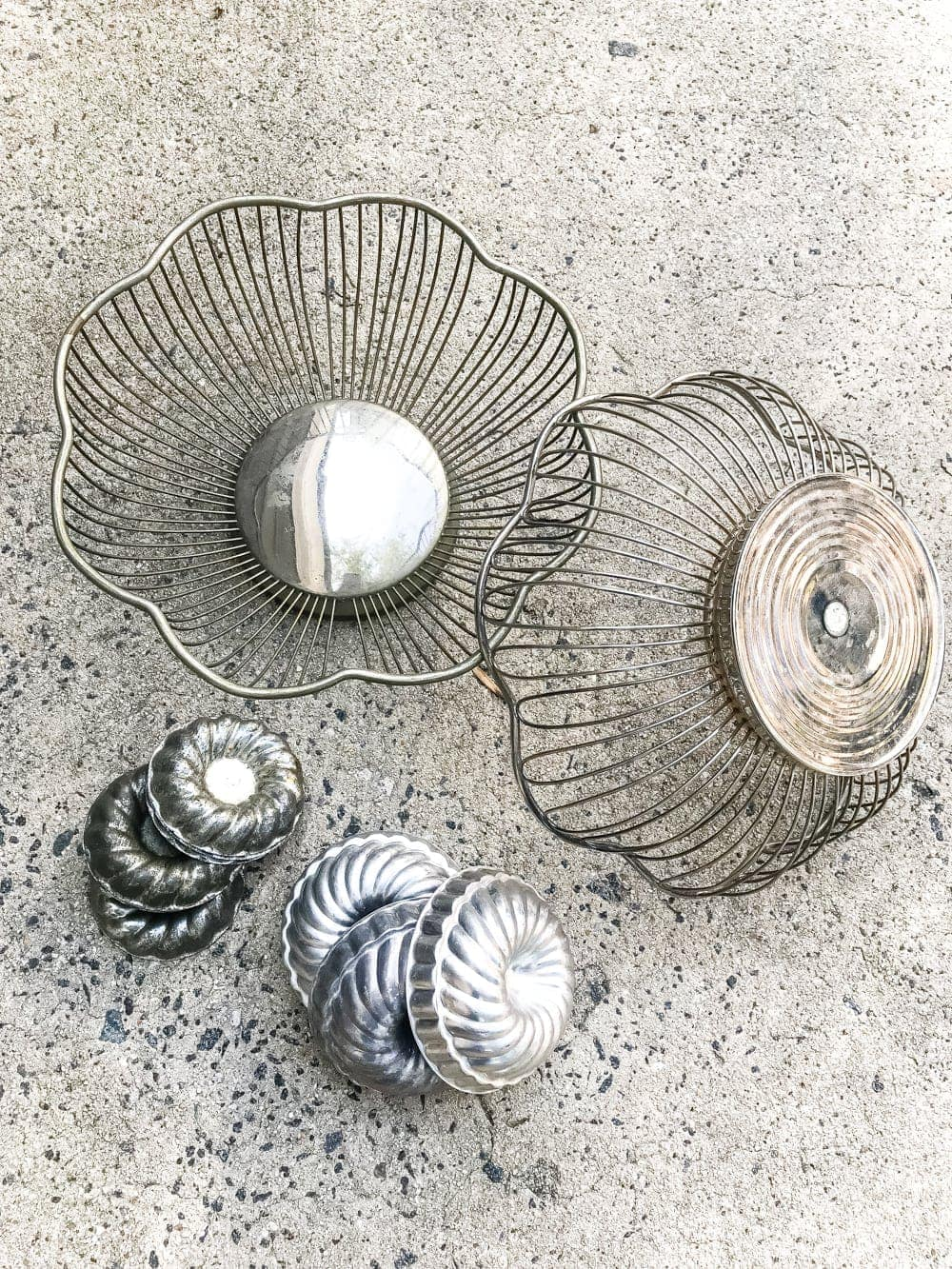 DIY wire basket and bundt pan pumpkins craft