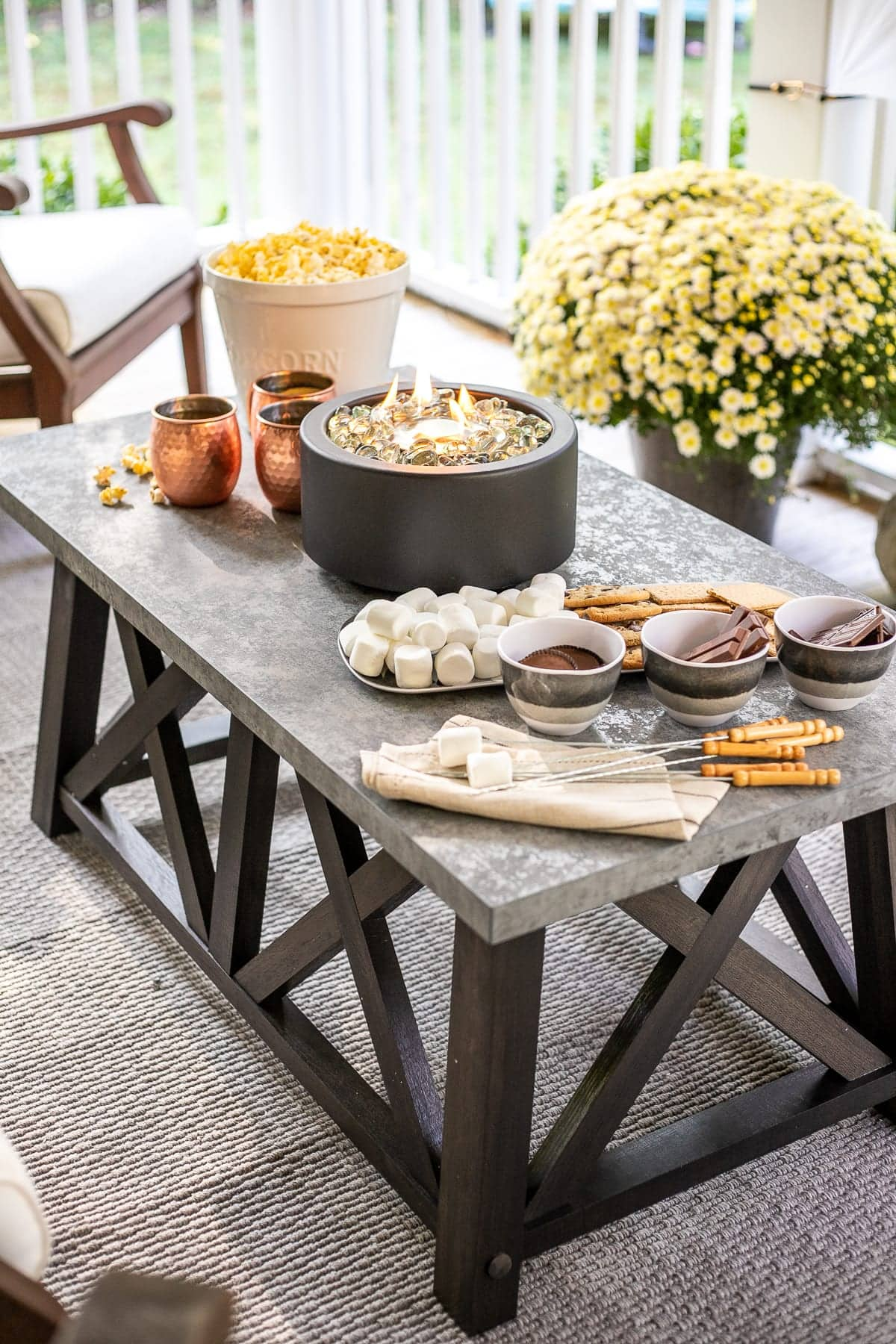 DIY S'mores Table