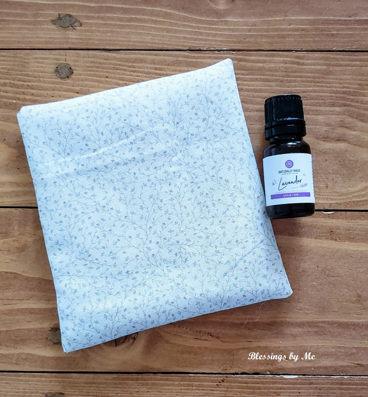This DIY no sew lavender scented drawer sachet is perfect for freshening up drawers. Also perfect for linen closets, gym bags, vehicles, and more!
