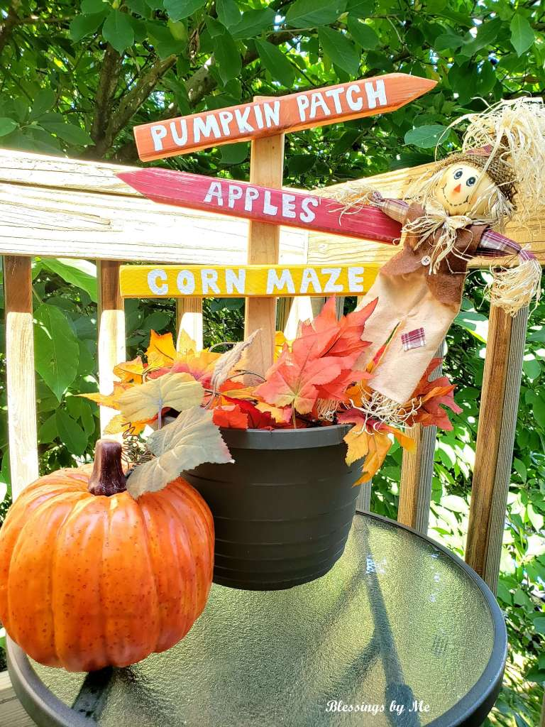 Completed pumpkin patch sign