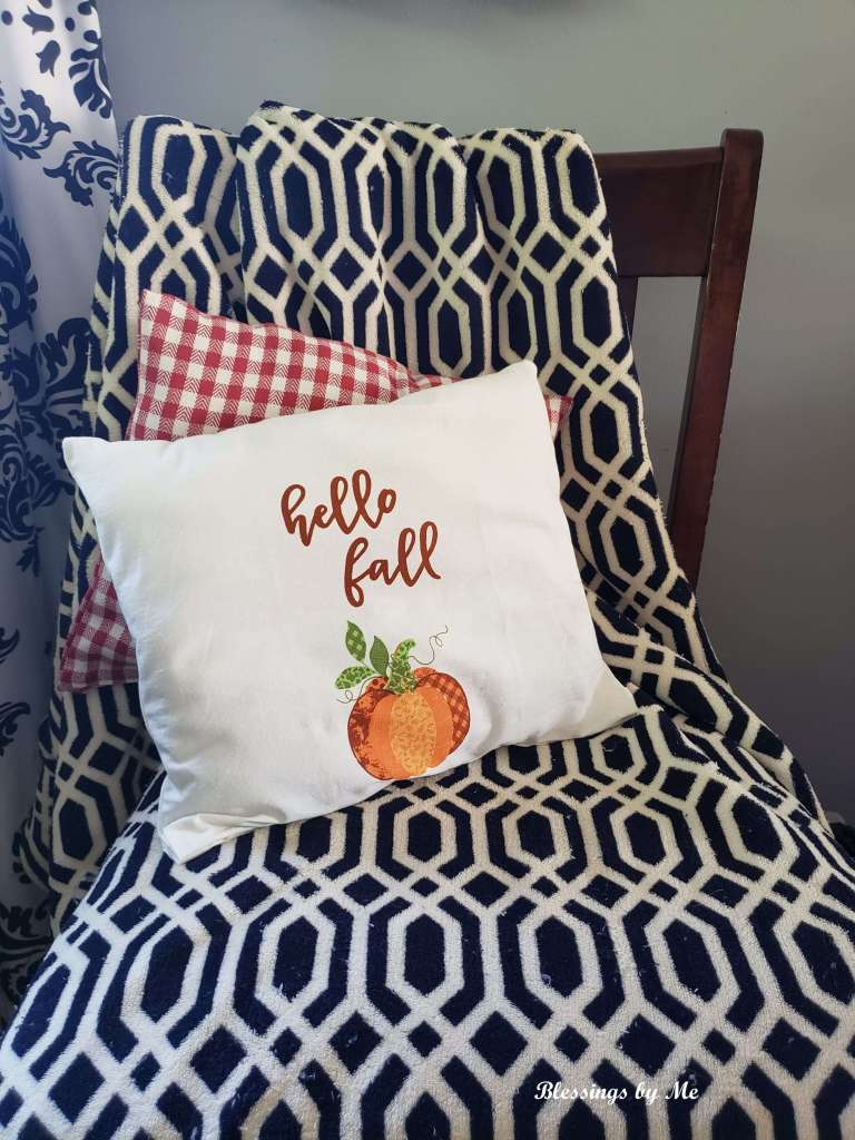 Fall no sew pillows