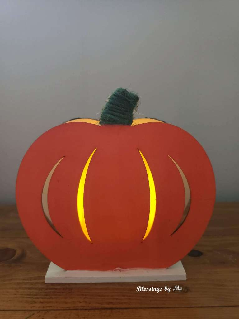 2-in-1 pumpkin decor with candle
