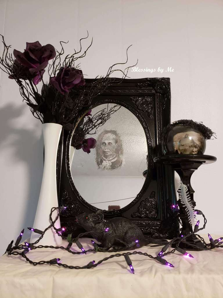 Haunted mirror DIY