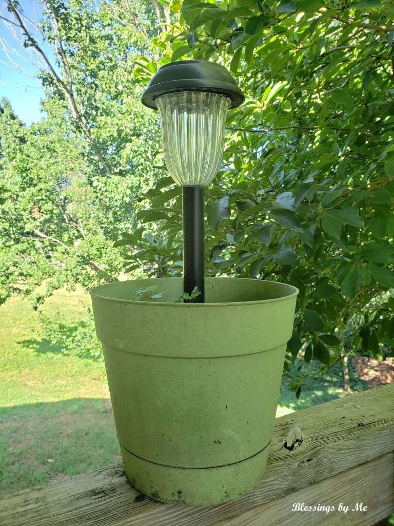 solar light flower pot