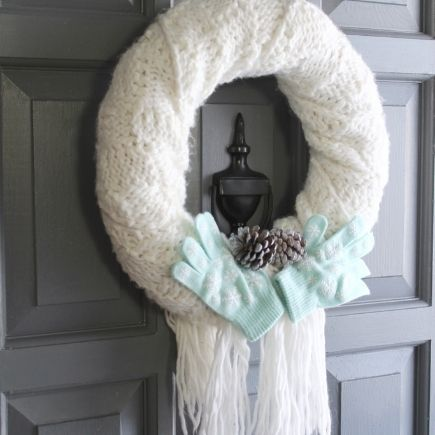 frugal winter diys - winter wreath