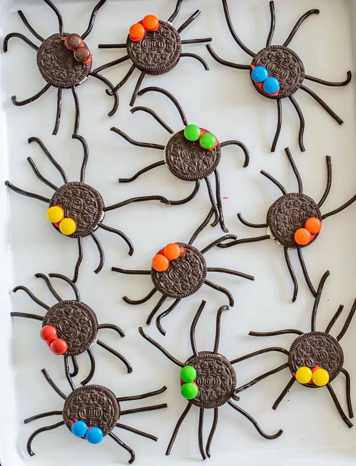 Oreo Spider Halloween Snack