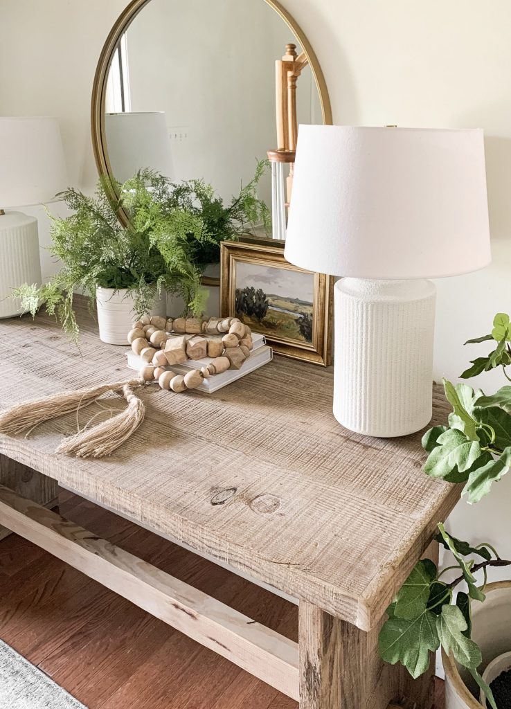 tope of wood entryway table