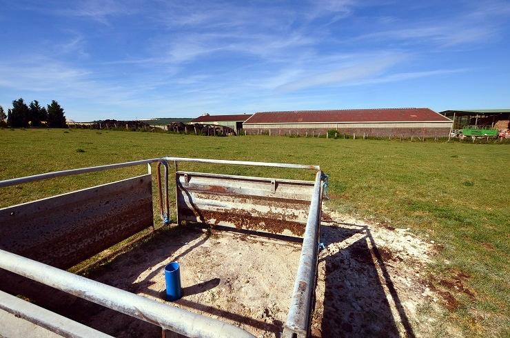forage réalisé pour producteur de lait dans la Meuse 55 en Lorraine, avec l'aimable intervention de l'expert sourcier Philippe Wojtowicz