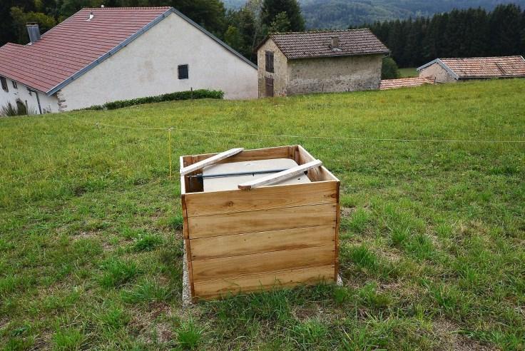 forage réalisé pour un gîte situé dans la Haute-Saône 70 dans le département de la Franche-Comté, avec l'aimable intervention de l'expert sourcier Philippe Wojtowicz