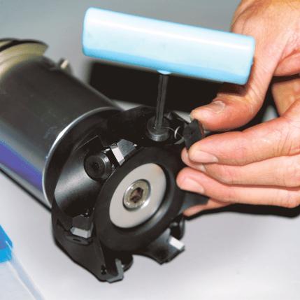 20-022-0x_Dressing-Tool_20190815_Carbide-Install