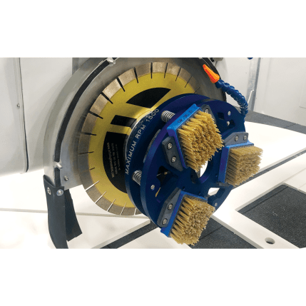 LH_Half-Gas-Adaptor_Attached-vert_20190617