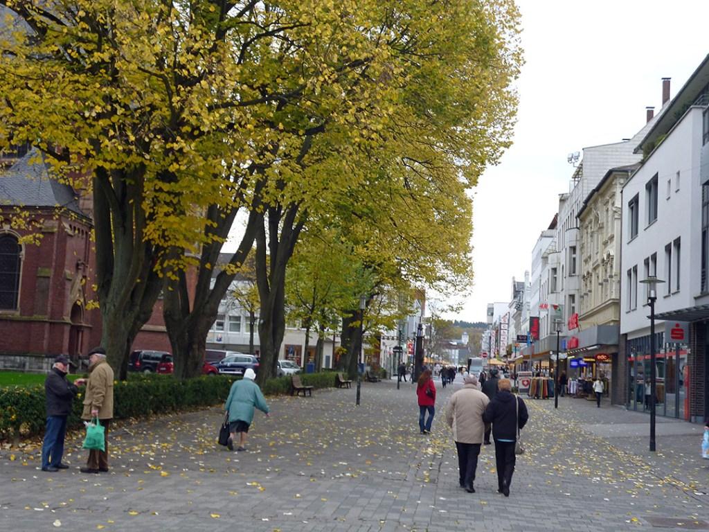 Neheims Hauptstraße spielt in der 1. Liga